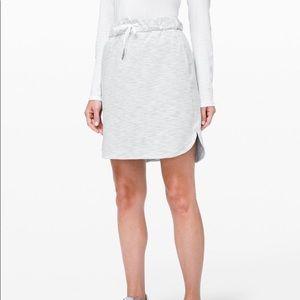 🌿 Lululemon on the fly skirt size 8